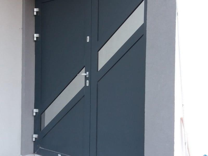 Zdjęcie główne realizacji: Drzwi aluminiowe zewnetrzne