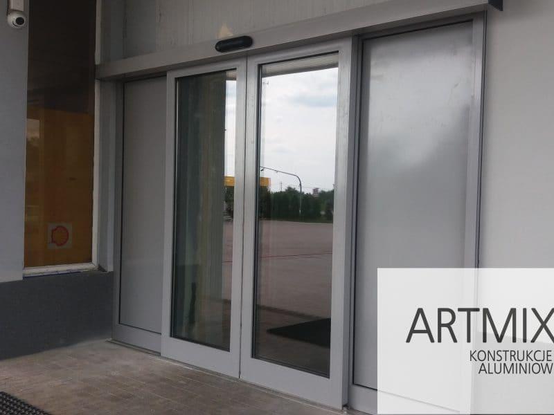 Drzwi aluminiowe zewnetrzne