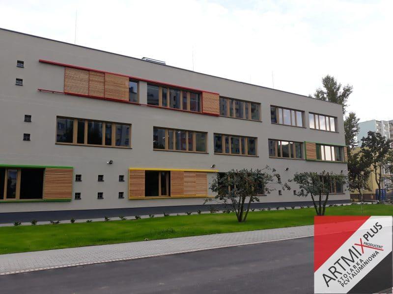 Zdjęcie główne realizacji: Budynek Szkoły w Bemowie